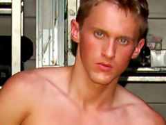 Dean carter gets hot and sweaty in the tool shed in this amazing solo jerkoff vid